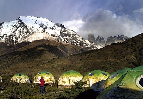 Alfresco accommodation in New York, Patagonia and France