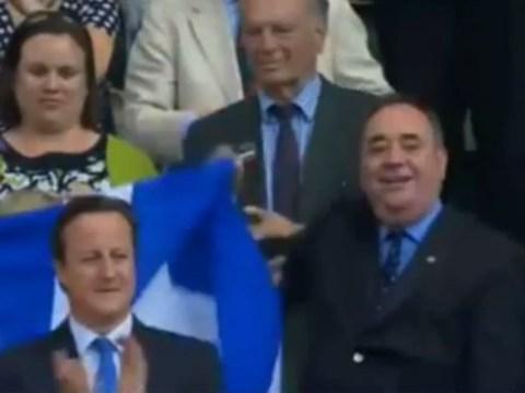 Alex Salmond brushes off complaints about 'naff' Wimbledon flag stunt