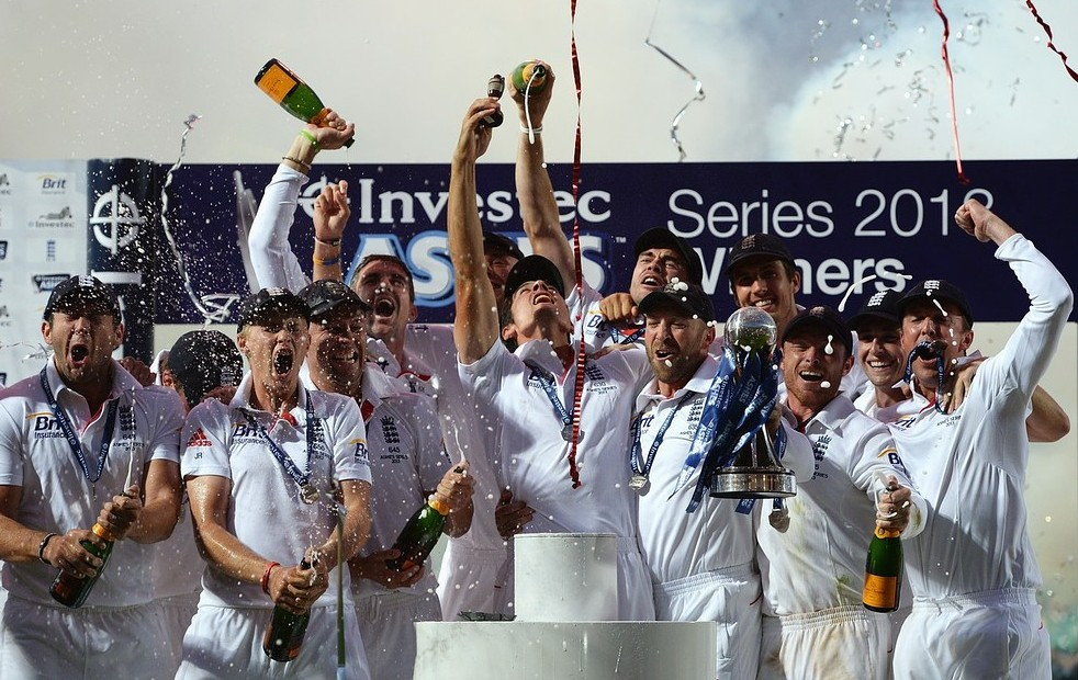 The Ashes 2013: Victorious England players celebrate by 'relieving themselves on Oval pitch'