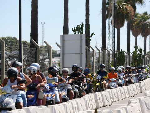 Spanish police officers 'pelted by missiles' at Gibraltar border checks