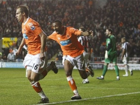Crystal Palace sign former Blackpool midfielder Elliot Grandin