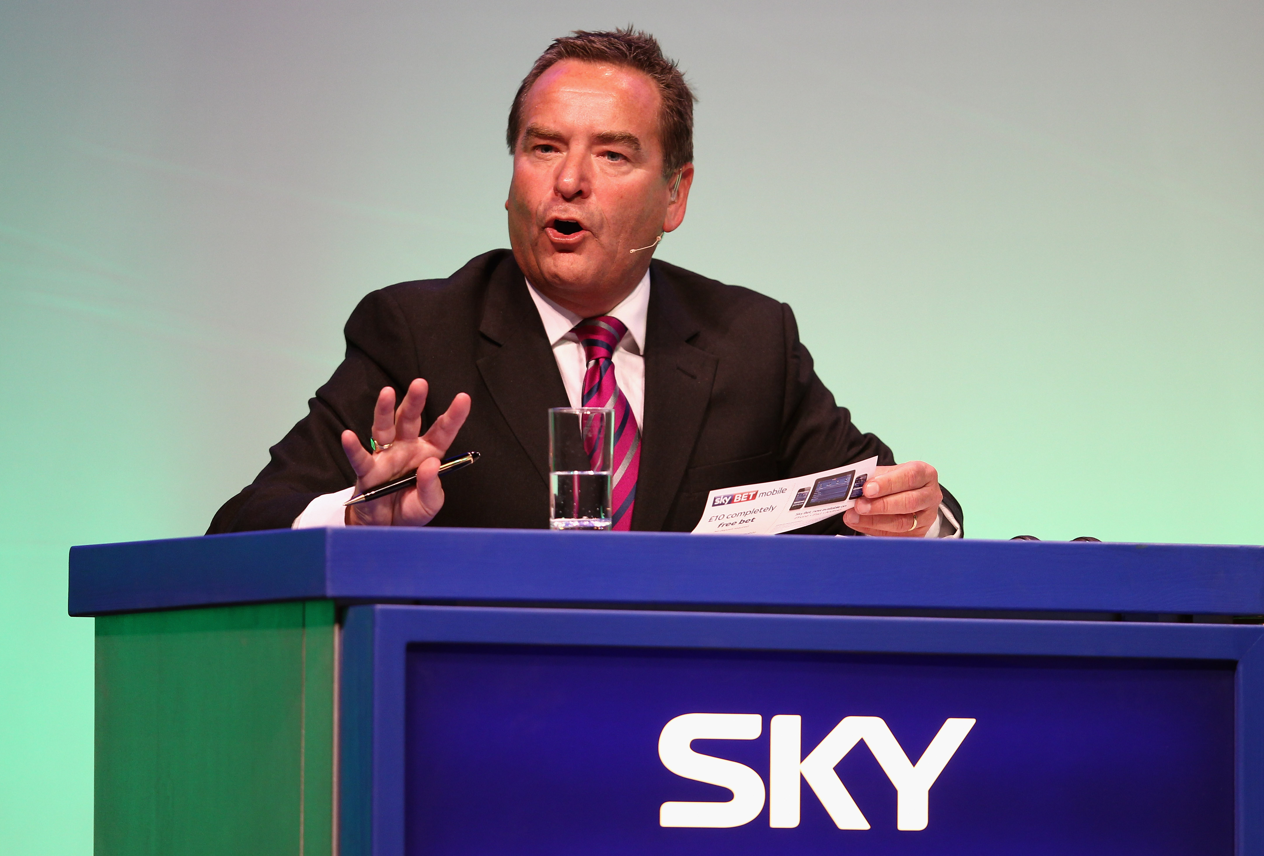 Jeff Stelling lays into Richard Keys over his criticism of Sky Sports football coverage