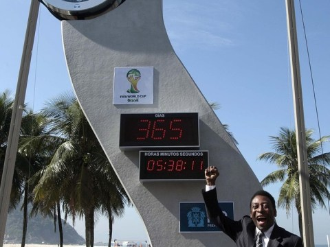 World Cup countdown clock stops in Rio