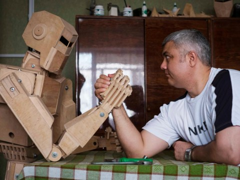 Gallery: Man builds  wooden model of a Cylon in his flat