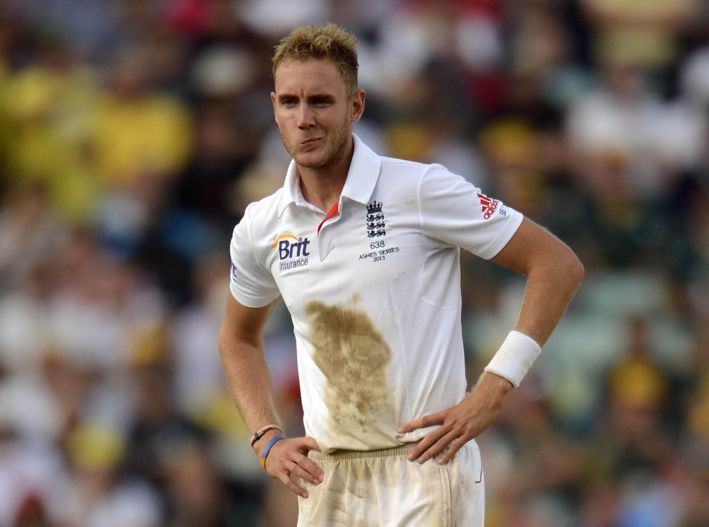 England admit concern over Stuart Broad's safety after Darren Lehmann 'incitement'