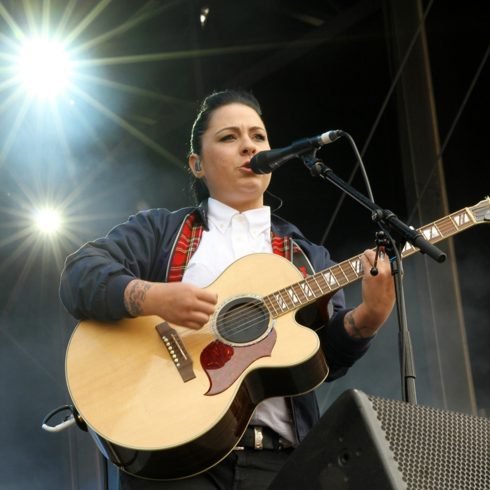 August 10, 2013: Lucy Spraggan performing at Signal 1 Total Access Live in Crewe, UK. Mandatory Credit: INFphoto.com Ref.: infuklo-187|sp|