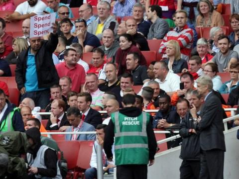 Premier League: Arsenal fans in open revolt after 3-1 defeat to Aston Villa