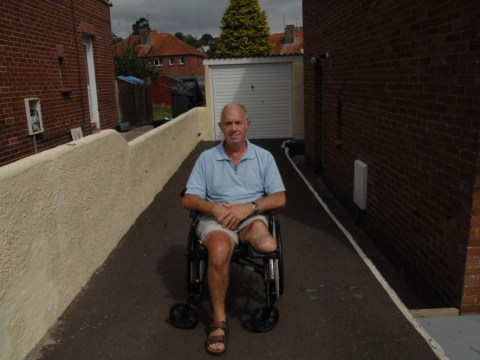 One-legged man accused of benefit fraud – because officials read report on his healthy limb
