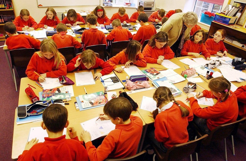 Children should start school at seven to give them more time to develop, say experts