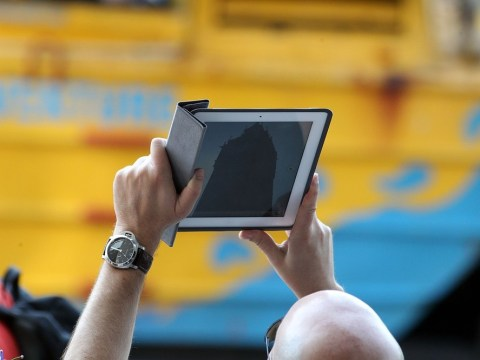 Mobile phone and tablet screens 'damage eyesight'