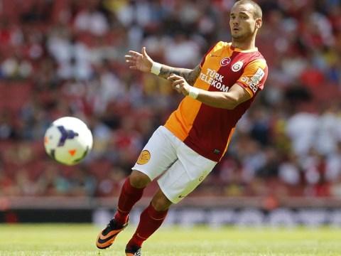 Manchester United 'had failed bid for Wesley Sneijder', claim Galatasaray