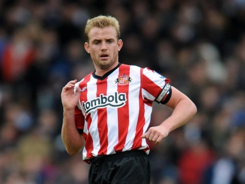 Sunderland's Lee Cattermole reckons he can take over from Steven Gerrard and Frank Lampard for England