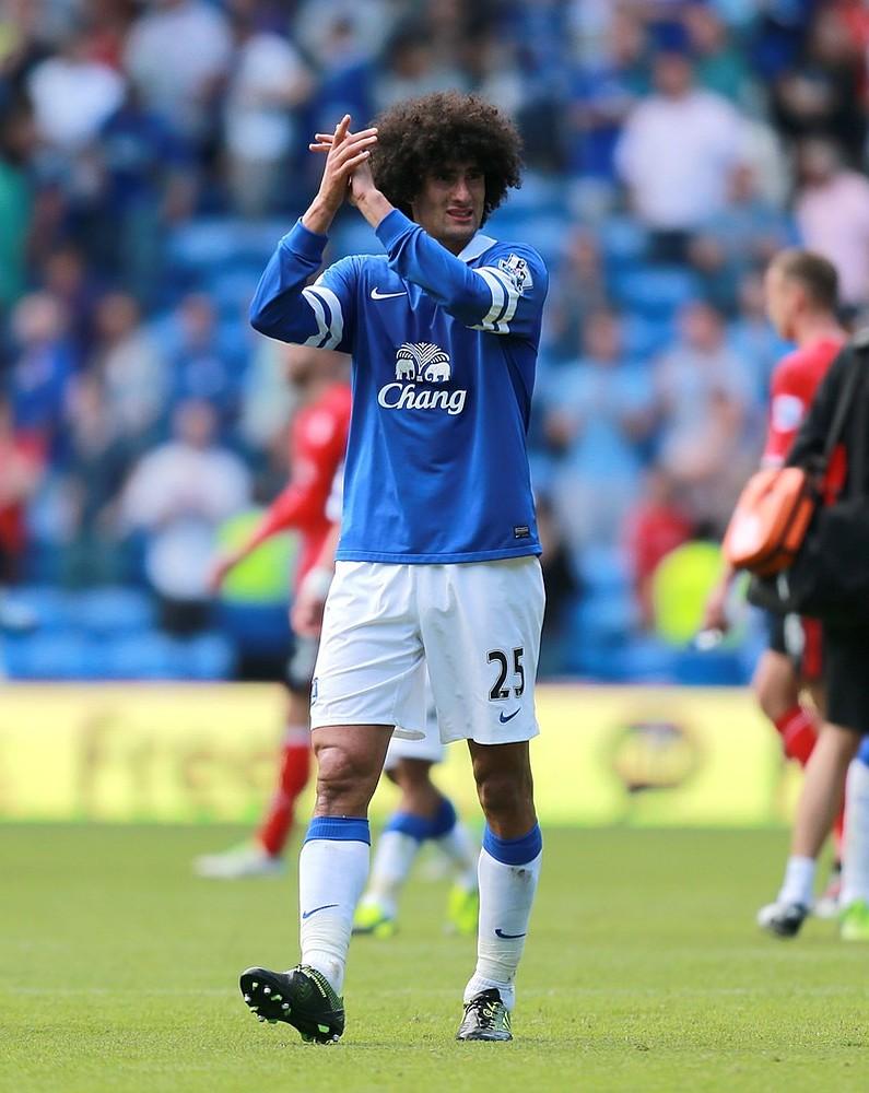 Manchester United sign £27.5m Marouane Fellaini from Everton