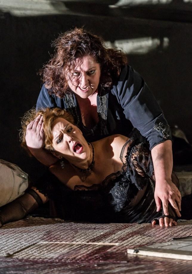 Christine Goerke and Adrianne Pieczonka  in Elektra (Picture: Clive Barda/ArenaPAL)
