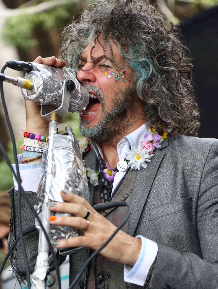 BURBANK, CA - AUGUST 02:  Singer/songwriter Wayne Coyne of The Flaming Lips performs onstage during the Warner Bros Records 3rd Annual 'Summer Sessions' at Warner Bros. Studios on August 2, 2013 in Burbank, California.  (Photo by Imeh Akpanudosen/Getty Images)