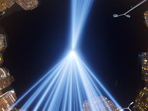 Gallery: Twin Towers Of Light Shine Over New York On 9/11 Anniversary 2013