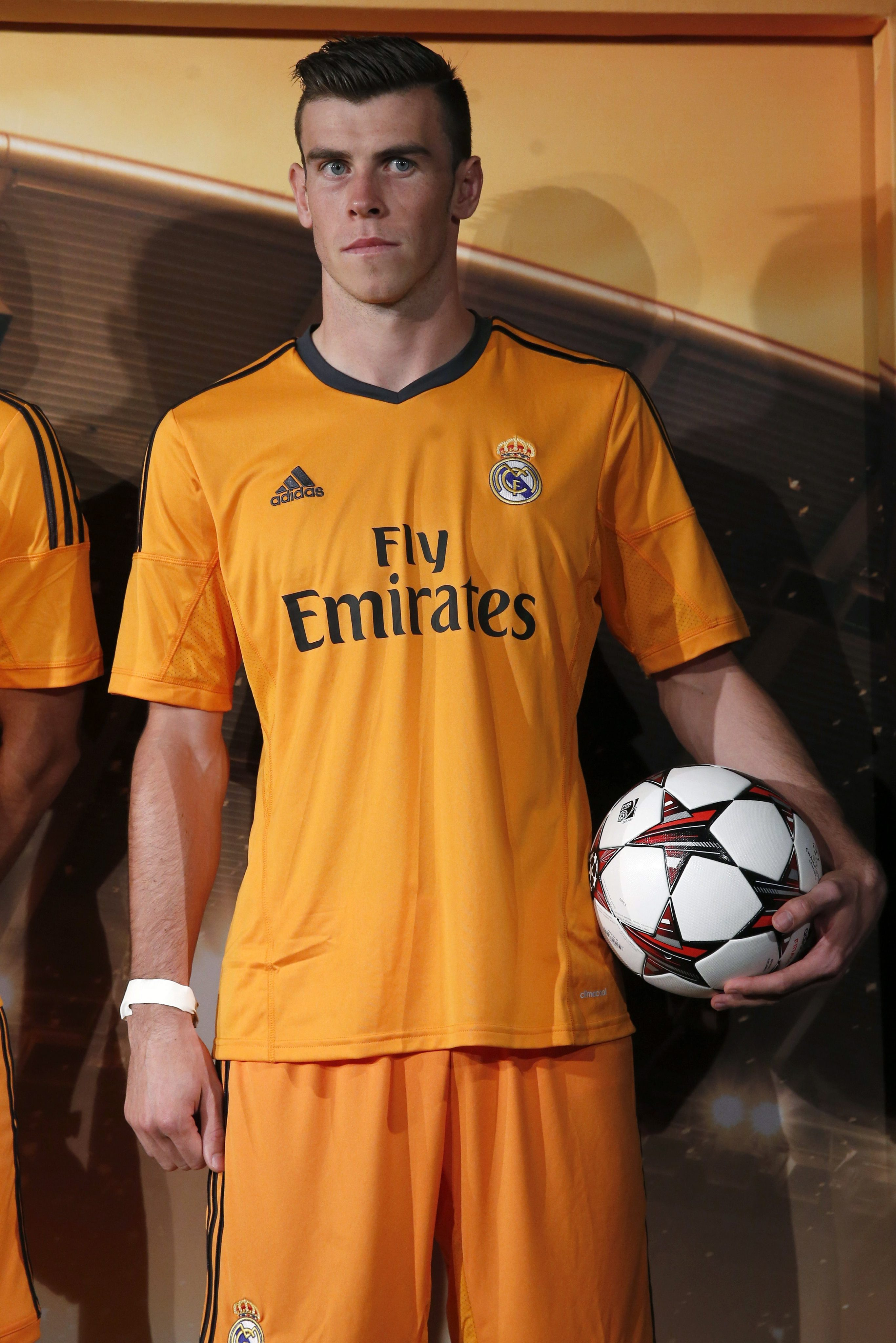 REAL MADRID¥S NEW CLOTHING FOR CHAMPIONS LEAGUE