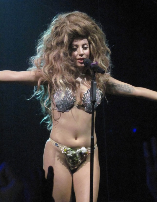 LADY GAGA PICTURED ON STAGE OPENING THE ITUNES FESTIVAL IN LONDON LADY GAGA TOOK OFF HER WIG DURING HER PERFORMANCE TO PERFORM TO HER FANS AS HER TRUE SELF. (Picture: XPOSUREPHOTOS.COM)