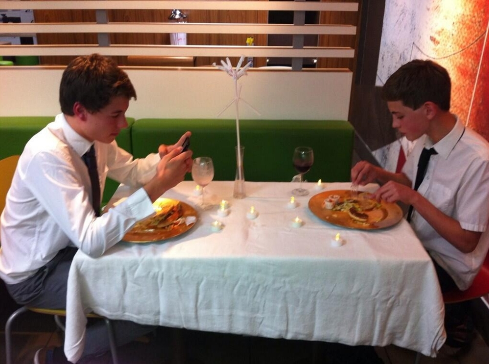 McBanquet: Teenagers asked to leave McDonald's over posh dining extras