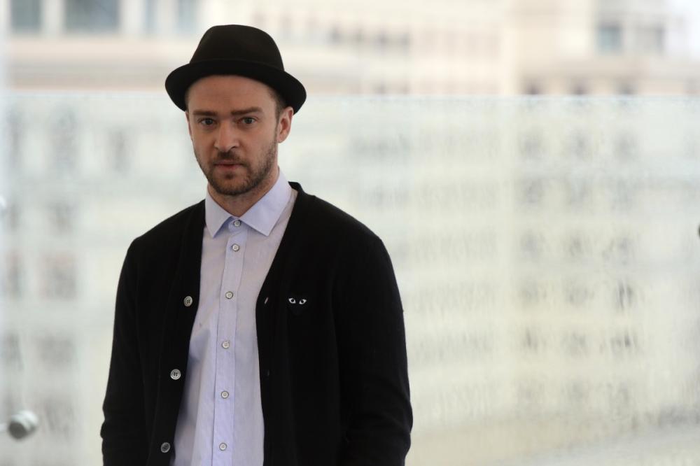 Justin Timberlake 'banks a million' at burlesque bash