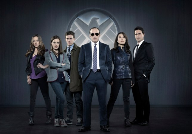"MARVEL'S AGENTS OF S.H.I.E.L.D. - ""Marvel's Agents of S.H.I.E.L.D.,"" Marvel's first television series, is from executive producers Joss Whedon (""Marvel's The Avengers,"" ""Buffy the Vampire Slayer""), Jed Whedon & Maurissa Tancharoen, who co-wrote the pilot (""Dollhouse,"" ""Dr.Horrible's Sing-Along Blog""). Jeffrey Bell (""Angel,"" ""Alias"") and Jeph Loeb (""Smallville,"" ""Lost,"" ""Heroes"") also serve as executive producers. ""Marvel's Agents of S.H.I.E.L.D."" is produced by ABC Studios and Marvel Television. (ABC/Bob D'Amico)nCHLOE BENNET, ELIZABETH HENSTRIDGE, IAIN DE CAESTECKER, CLARK GREGG, MING-NA WEN, BRETT DALTON"
