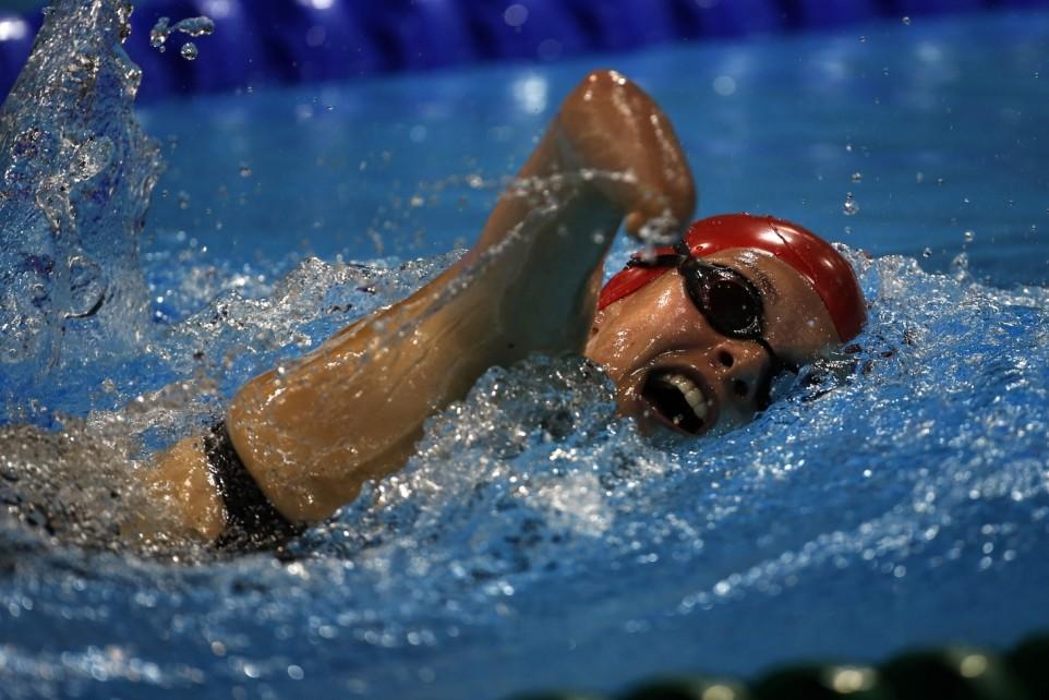 Britain's Lauren Steadman swims in the Women's 400m Freestyle S9 Final at the 2012 London Paralympics, Tuesday, Sep. 4, 2012.   (AP Photo/Emilio Morenatti)