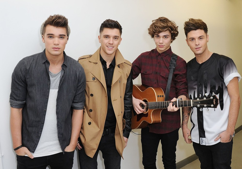 Union J briefly become Triple J once more after George Shelley splits his foot open