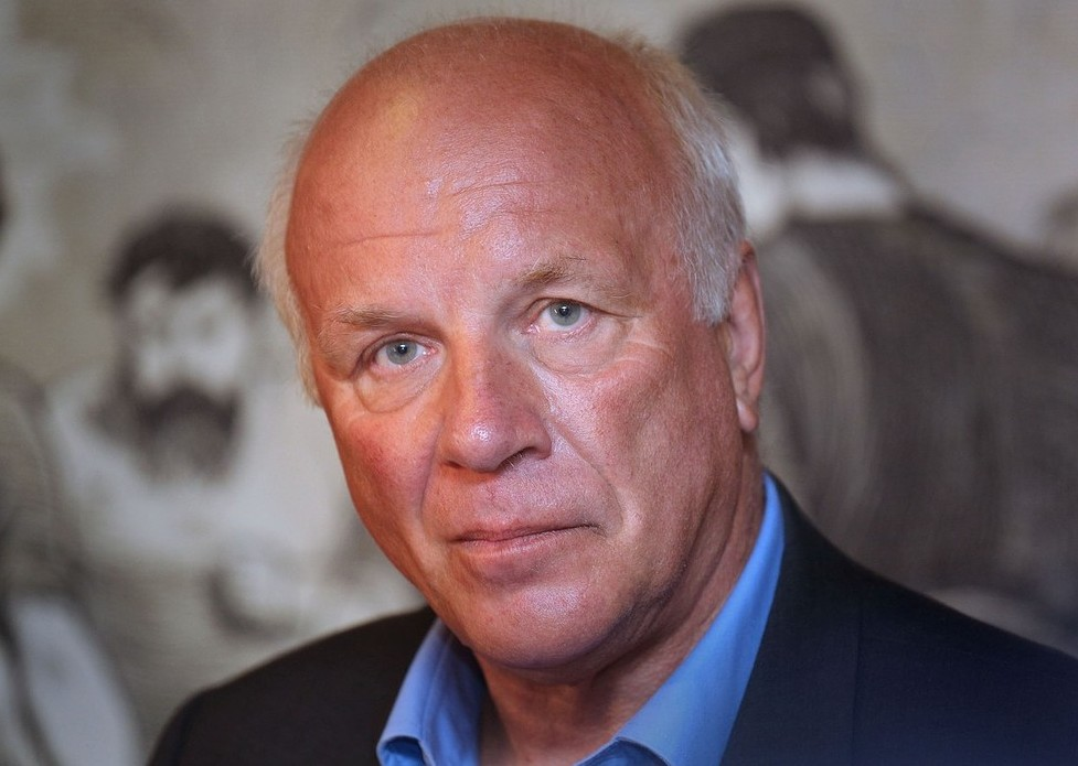Football Association chairman Greg Dyke defends his commission's 'ethnic balance'