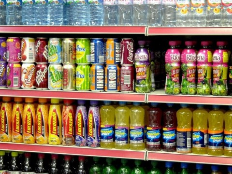 Taxing fizzy drinks 'could cut obesity and disease in Britain'