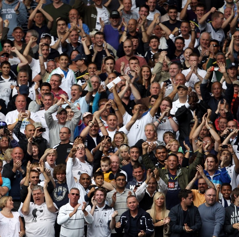Police warn Spurs fans could be arrested for using 'Yid' chant this weekend