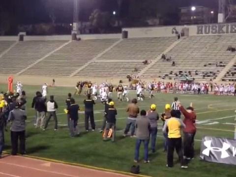 Zack Snyder shoots opening Batman v Superman scene at US college football game