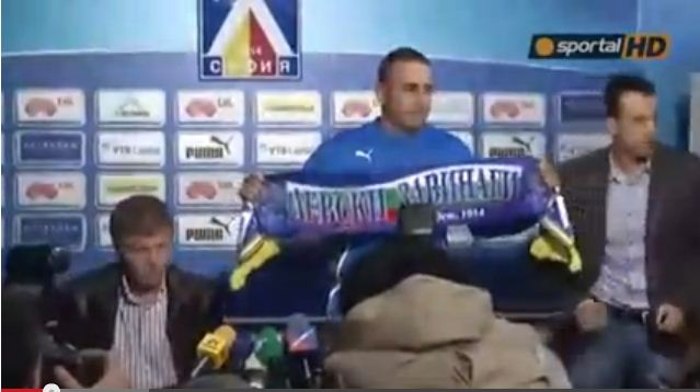 Levski Sofia's Ultras not fans of club's new manager – video