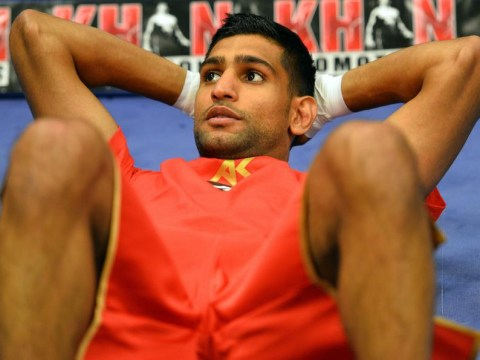 Amir Khan can upset the odds and shock Floyd Mayweather, claims Ricky Hatton