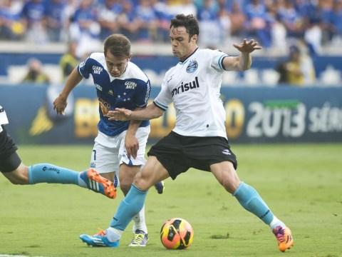 No Manchester United offer for Everton Ribeiro, insist Cruzeiro