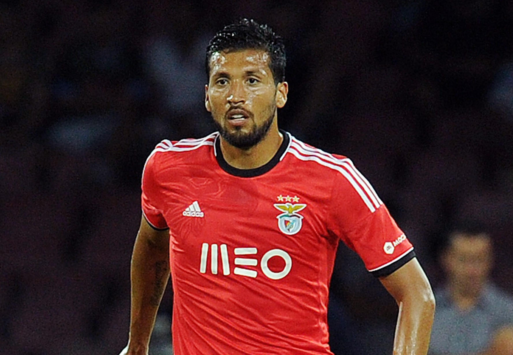 Manchester City join Manchester United in race for Ezequiel Garay
