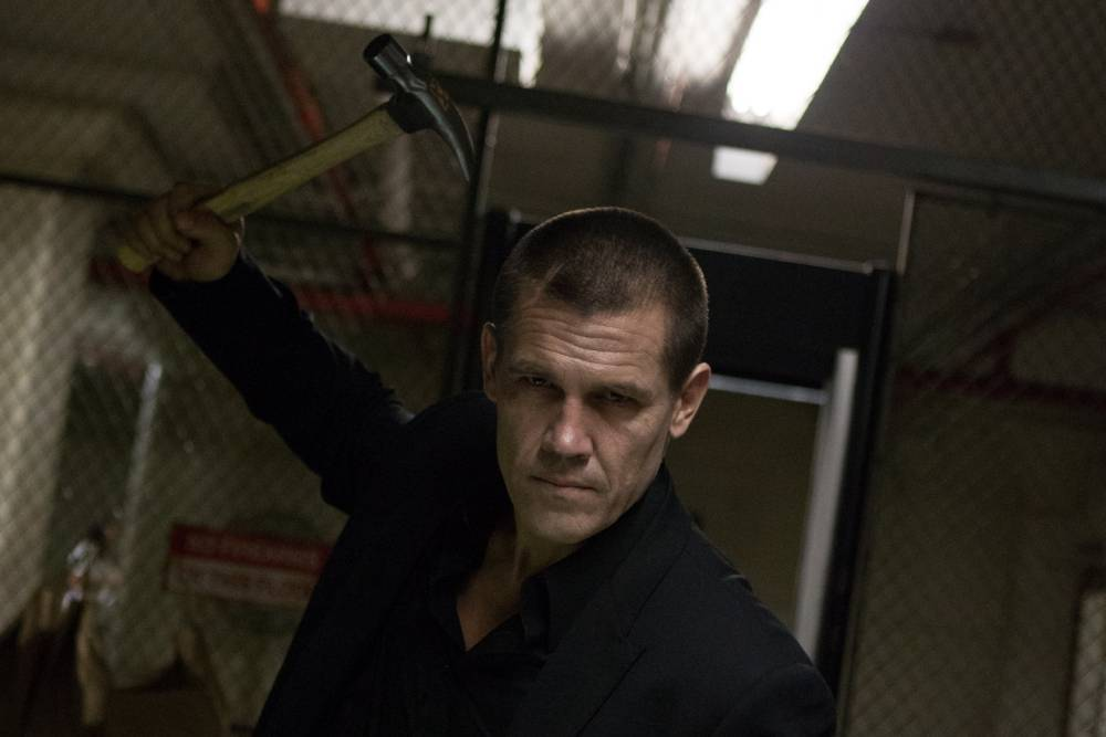 """This image released by FilmDistrict Pictures shows Josh Brolin in a scene from """"Oldboy."""" (AP Photo/FilmDistrict Pictures, Hilary Bronmyn Gayle)"""