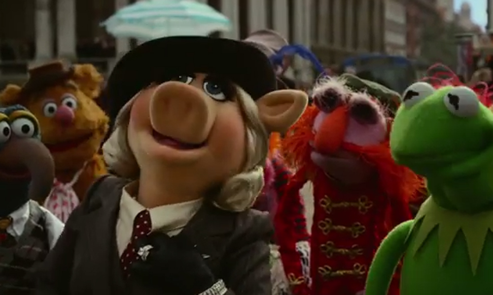 Hilarious new Muppets Most Wanted trailer showcases Kermit's dodgily-accented double