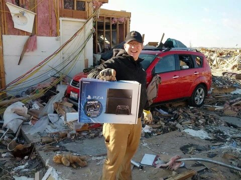Man loses house in tornado, remains upbeat after PS4 survives