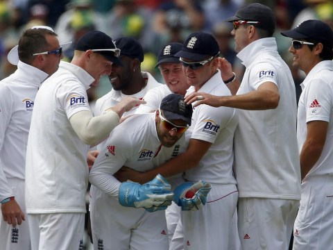 The Ashes 2013-2014: Second Test in the balance after England let chances slip through their fingers