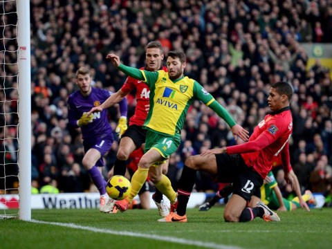 Wes Hoolahan shines as Norwich win pride if not points against Manchester United