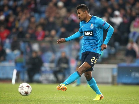 Manchester United turn to Porto's Alex Sandro as pursuit of Leighton Baines stalls