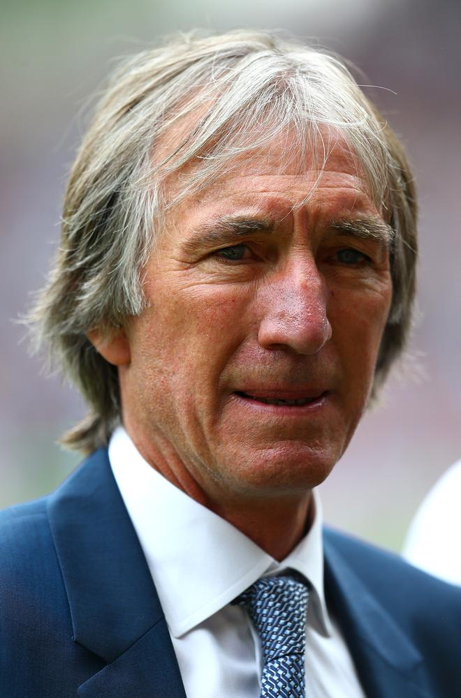 It is time West Ham gave Billy Bonds the honour he deserves