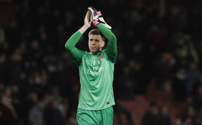Football - Arsenal v Olympique Marseille - UEFA Champions League Group Stage Matchday Five Group F - Emirates Stadium, London, England - 26/11/13  Arsenal's Wojciech Szczesny applauds the fans at the end  Mandatory Credit: Action Images / Andrew Couldridge  Livepic  EDITORIAL USE ONLY.