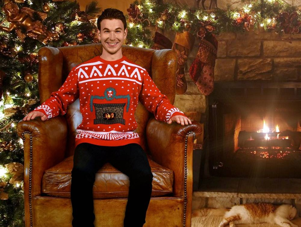 Mark Rober, Christmas jumper