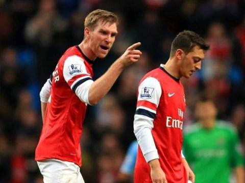 Mesut Ozil apologises for snubbing Arsenal fans