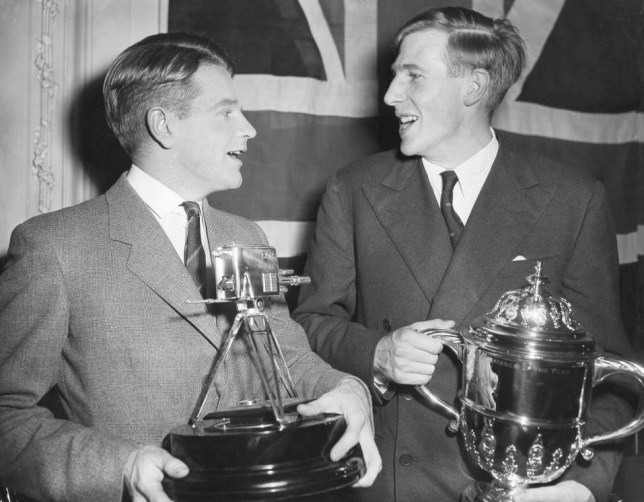 In 1954 Roger Bannister (right) was to run the first sub-four-minute mile, for which he was awarded Sports Personality of the Year. Fellow runner Chris Chataway won the Sportsview trophy, awarded by the BBC s programme of the same name. The televised ceremony took place at the Savoy Hotel in London.