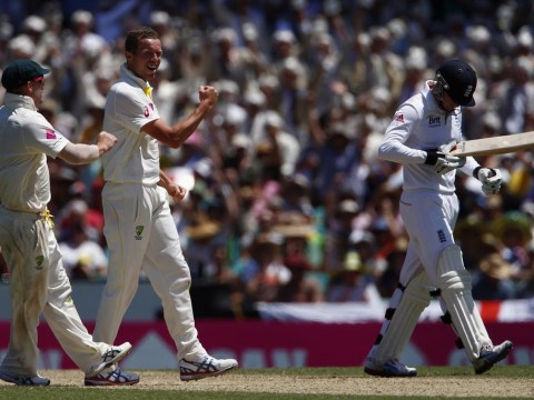 The Ashes 2013-14: England reach new low in Sydney as Australia close in on whitewash