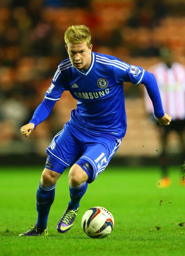 super popular 64afa d29a5 Chelsea transfer news: Kevin De Bruyne's agent pictured at ...