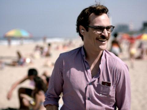 Joaquin Phoenix romances Philip Seymour Hoffman in spoof Her trailer