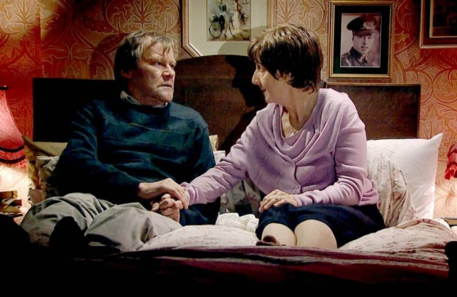 Coronation Street: Hayley Cropper cancer suicide storyline could lead to 'copycat deaths', experts warn
